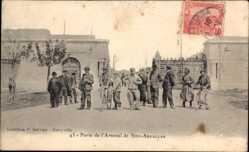 Ak Bizerte Tunesien, Porte de l'Arsenal de Sidi Abdallah, Soldaten, Eingangstor