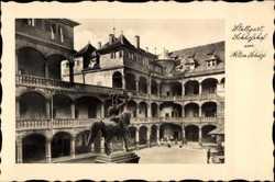Schlosshof im alten Schloss