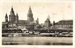 Dom und Stadthalle