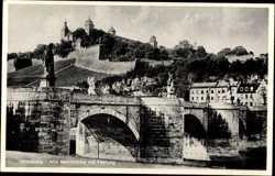 Alte Mainbrücke mit Festung