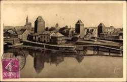 Les Ponts Couverts et la Cathedrale