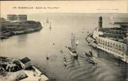 Entree du Vieux Port