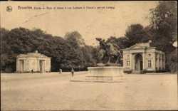 Entree du Bois et statue Les Lutteurs a Cheval par de Lalaing